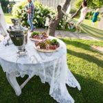 Бабушкин стол в честь свадебного торжества