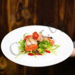 Шашлычки из морской форели с помидоркой черри